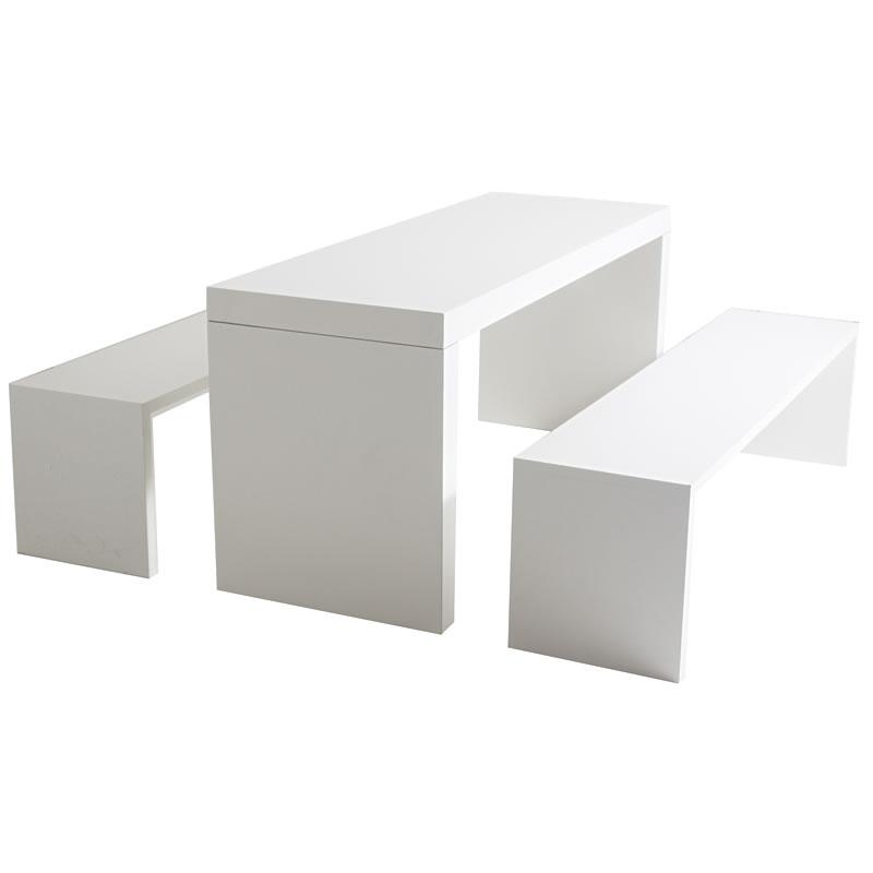 Bank Blanco mit Tisch